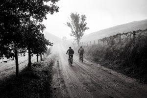 Ciclistas en sus bicicletas